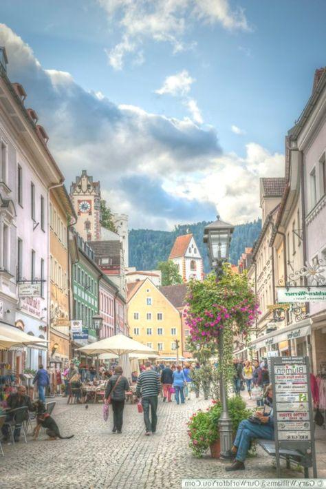 Reichenstrasse Die Hauptstrasse Fussen Bayern Deutschland