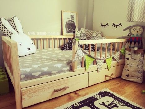 Lozko Klasyczne Scandi Z Barierkami Ze Szczebli Room Toddler Bed Bed