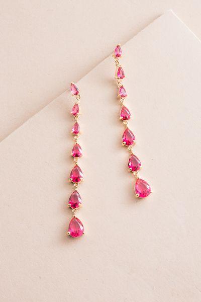 Droplet Wonder Dangle Earrings Pink