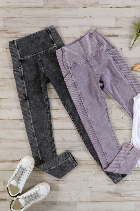 Show off an edgy look with these stretchy moto leggings! Flattering seams, useful pockets, and a distressed look will make you feel like you can just hop on a bike and head anywhere. 92% Cotton, 8% Spandex Hand wash cold, do not bleach, lay flat to dry Measures 37 from waist to hem on size small Inseam measures 27 on size small Model is wearing a size small Imported #motoleggings #distressedleggings #acidwash #acidwashstyle #acidwashlook #comfyleggings #athleisure #athleisureforwomen