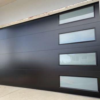 Novo Smooth Flush Panel Steel Garage Door With Windows Modern Design 1000 In 2020 Contemporary Garage Doors Modern Garage Doors Garage Doors