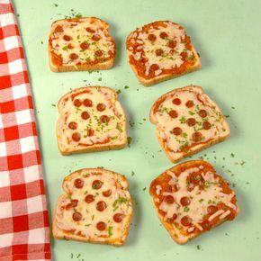 The easiest way to make pizza. #food #pizza #kids #familydinner #easyrecipe #lunch
