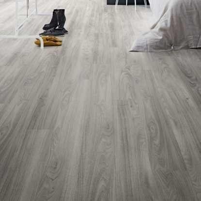 Polyflor Camaro Loc Grey Mountain Ash Greyflooringcountertops Vinyl Flooring Flooring Camaro Flooring