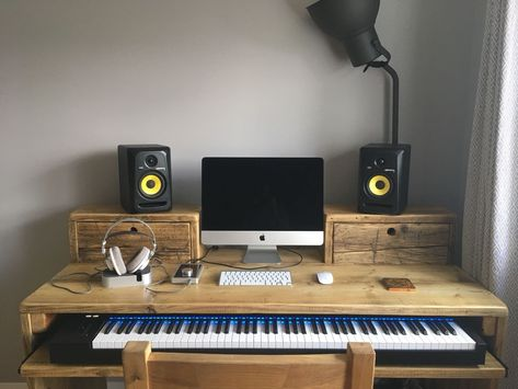 Chunky computer desk for a home recording studio, with box drawers on top and a sliding keyboard shelf. All made from reclaimed wood. Home Recording Studio Setup, Home Studio Setup, Music Studio Decor, Home Studio Music, Audio Studio, Studio Furniture, Furniture Plans, Pallet Furniture, Home Music Rooms