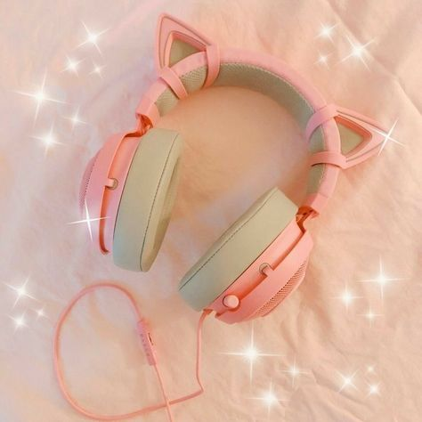 ω headphone aesthetic Cat Headphones, Girl With Headphones, Things To Buy, Girly Things, Stuff To Buy, Mode Kawaii, Pc Gaming Setup, Accessoires Iphone, Kawaii Room