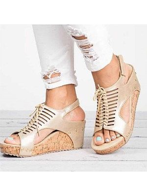 5716bb3449e Shopping Fashion selling Women's Shoes on Berrylook.com | various in ...