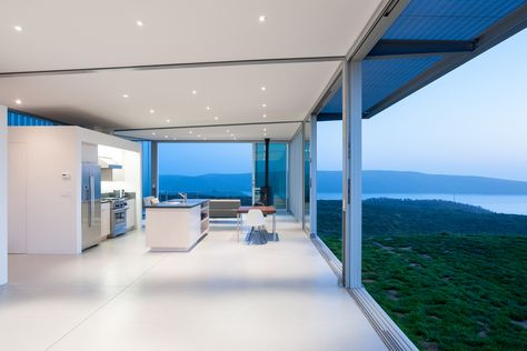 Gallery of C-Glass House / Deegan Day Design