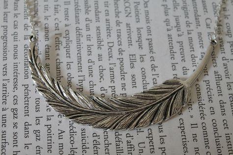 collier fantaisie plume