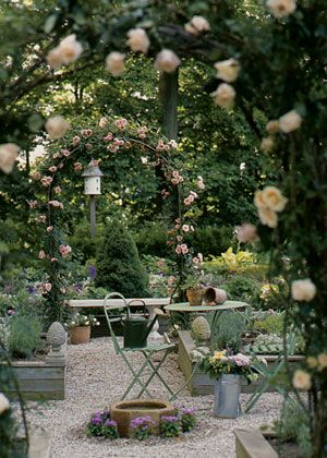 Lovely garden area.  I like the gravel patio area.