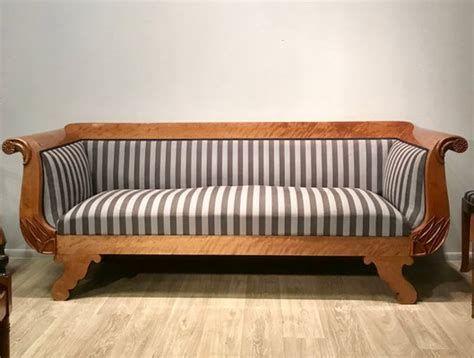 Pin Von Iris Sieke Auf Mobel In 2020 Antikes Sofa Barock Sofa Sofa Kaufen
