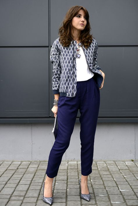 spring   summer - street chic style - business casual - office wear - work  outfit - fall outfit ideas - spring outfit ideas - navy crop pants +  glitter ... 11da77bdf66