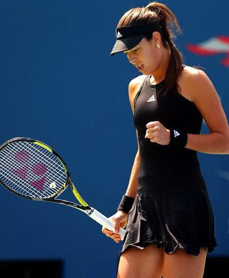 Ana Ivanovic Of Serbia Reacts Against Alison Riske Of The United States During Her Womens Singles First Round In 2020 Tennis Players Female Ana Ivanovic Tennis Fashion
