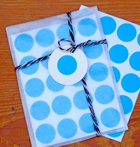 80 blaue Klebepunkte