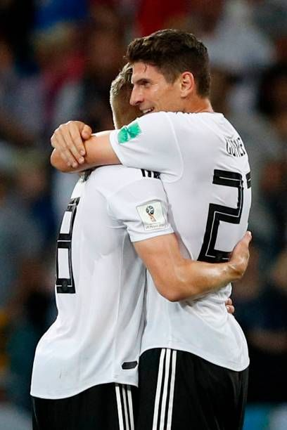 Germany S Midfielder Toni Kroos Celebrates Scoring The 2 1 Goal With Mario Gomez Toni Kroos Midfielder