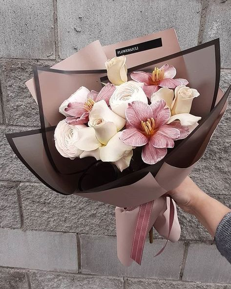Boquette Flowers, Beautiful Bouquet Of Flowers, Balloon Flowers, Luxury Flowers, Flowers Nature, Flower Boxes, My Flower, Dried Flowers, Planting Flowers