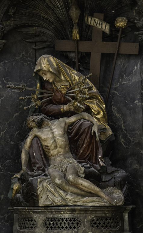 This Pieta with Our Lady of Sorrows is from the former Augustinian church of St Maurice in Fribourg, Switzerland. September is the month of Our Lady of Sorrows. Her feast is on September. Catholic Art, Roman Catholic, Religious Art, Religious Pictures, Jesus Pictures, Blessed Mother Mary, Blessed Virgin Mary, La Salette, Our Lady Of Sorrows