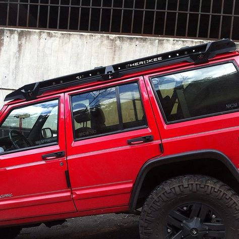 Roof Rack For Jeep Cherokee Xj Contact To 0424 1593931 0424 2729327 0212 6187861 Aadistribucion Ve Jeep Cherokee Xj Jeep Xj Mods Jeep Cherokee Roof Rack