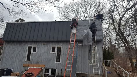 Reasons To Switch From Asphalt Shingles To Aluminum Metal Roofs Metal Roof Aluminum Metal Asphalt Shingles