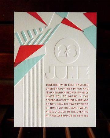 Unforgettable deco and modern wedding invitation in 2-color letterpress | Entre moderna y deco una inolvidable invitación de boda en letterpress a dos colores y con tres pasadas de plancha.