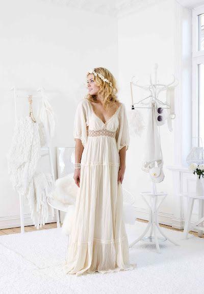 Best 25+ Hippie wedding dresses ideas on Pinterest | Hippy wedding ...