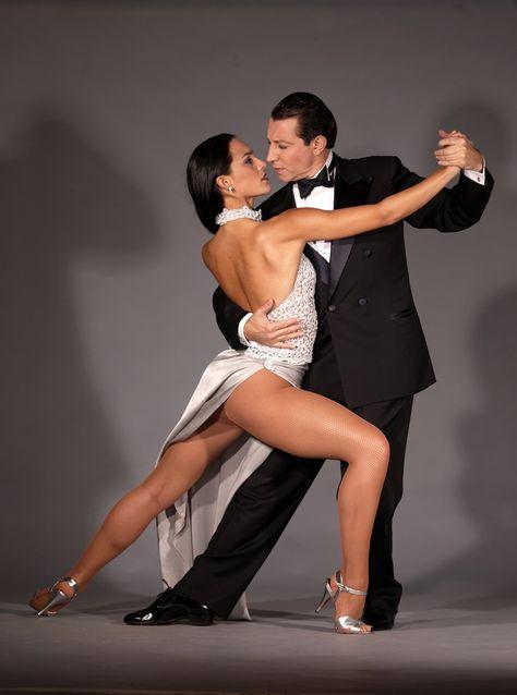 Эротические фото в танго #15