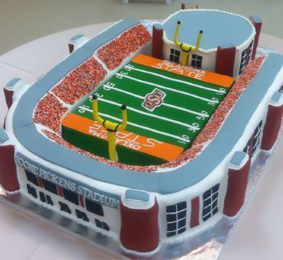 Oklahoma State Cowboys Wedding Cake - Boone Pickens Stadium  #footballwedding