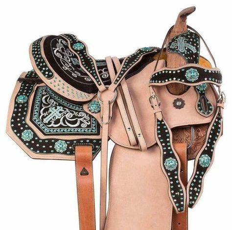 Premium LeatherDescriptionDescriptionIncluded Package :Matching Headstall, Breast Collar, & Reins.✔️LEATHER : Premium Quality Skirting Leather.✔️Soft Fleece Underside, Fully Hand Carved.✔️Beautiful Basket Weave Leather Design on Pommel, Cantle, Skirt, Fender, and Stirrups.✔️Fast Shipping and 100% Safe Delivery. Best and Cheapest seller Available in India.Always provide us the feedback if you loved the products Be the envy of all your friends with this beautiful classic western saddle!This sa Barrel Racing Saddles, Barrel Racing Horses, Barrel Saddles For Sale, Horse Gear, My Horse, Horse Riding, Western Horse Saddles, Western Tack, Horse Show Clothes
