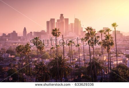 Beautiful Sunset Of Los Angeles Downtown Skyline And Palm Trees In Foreground Beautiful Sunset Skyline Seattle Skyline