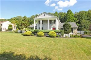 Here Is A Great House For Sale In 16 Ford Lane Roseland Nj 07068