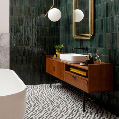 Bathroom Design, Green Bathroom, Bathroom Inspiration, Dark Green Bathrooms, Tile Samples, Green Tile Bathroom, Bathroom Decor, Bathroom Interior, Bathrooms Remodel