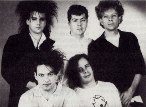 playbetweenthesheets: The Cure