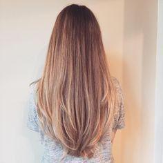 Lange Glatte Haare Stufenschnitt Haarschnitt Haarschnitt Lange Haare Frisuren Lange Haare Schnitt
