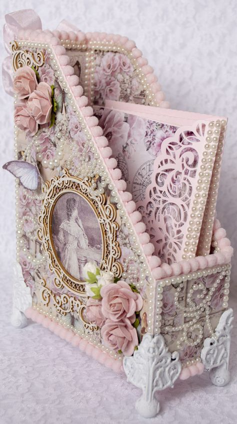 Card Making and Paper Crafting ideas for the crafter at home. - Part 2 Shabby Chic Crafts, Shabby Chic Cottage, Shabby Chic Style, Shabby Chic Decor, Shabby Chic Paper, Shabby Chic Boxes, Shabby Chic Interiors, Shabby Chic Pink, Shabby Chic Bedrooms