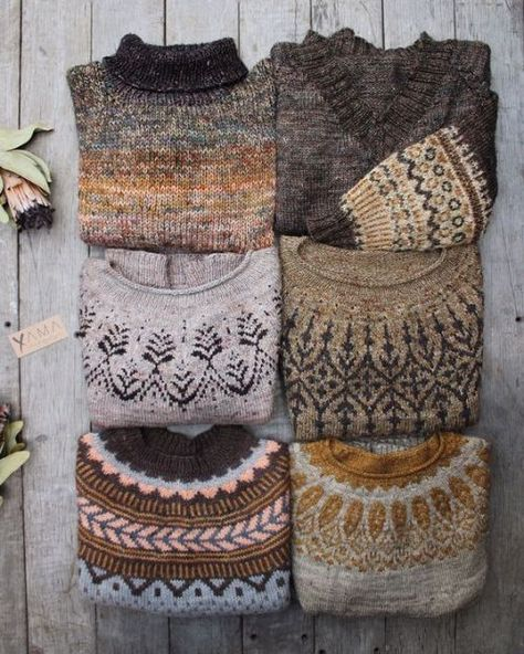 Yama yarn delicious on the loop – LoopKnitlounge You are in the right place about christmas snacks Here we offer you the most beautiful pictures about the christmas memes you are looking for. When you examine the Yama yarn delicious… Continue Reading → Estilo Hippie, Boho Hippie, Winter Hippie, Look Fashion, Autumn Fashion, Fashion Outfits, Hand Knitting, Knitting Patterns, Scarf Patterns