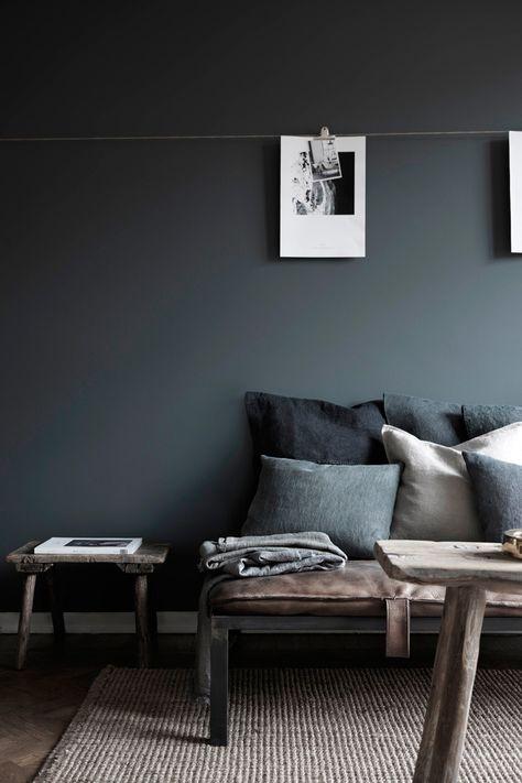 wand hinter couch/ esszimmer                                                                                                                                                      Mehr