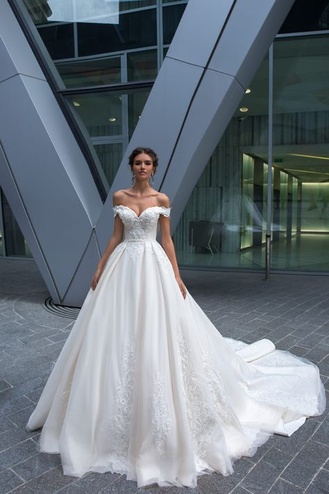 The most incredibly beautiful wedding dress - Romantic Wedding Dresses,Beach Wed. - The most incredibly beautiful wedding dress – Romantic Wedding Dresses,Beach Wedding Gown wedding - Princess Wedding Dresses, Dream Wedding Dresses, Bridal Dresses, Gown Wedding, Tulle Wedding, Beautiful Dresses For Wedding, Beach Wedding Gowns, 2 In 1 Wedding Dress, Princess Bride Dress