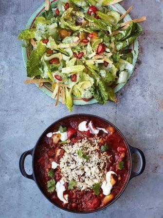 Veggie Chilli Vegetables Recipes Jamie Oliver Recipes Recipe In 2020 Veggie Chili Yummy Salad Recipes Vegetable Recipes