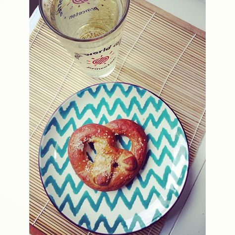 Homemade Soft Pretzels from @Angelina Knox