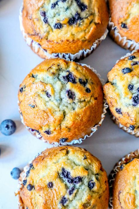 The Best Easy Jumbo Blueberry Muffins Recipe - breakfastYou can find Breakfast and more on our website.The Best Easy Jumbo Blueberry Muffins Recipe - breakfast Jumbo Blueberry Muffin Recipe, Easy Blueberry Muffins, Simple Muffin Recipe, Blue Berry Muffins, Jumbo Muffins, Blueberry Recipes Easy, Best Muffin Recipe, Blueberries Muffins, Cake Mix Muffins