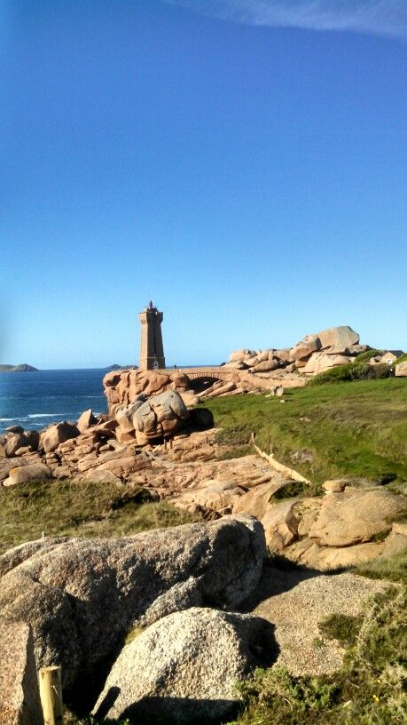 Cote De Granit Rose Bretagne Lighthouse Monument Valley Around The Worlds