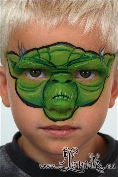 DIY Yoda Face Paint #DIY #FacePainting #Halloween #Costumes #HalloweenCostume #Birthdays #Birthday #Party #Parties #StarWars #Disney