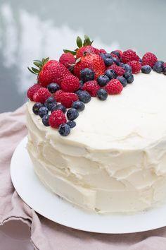 whole foods birthday cake