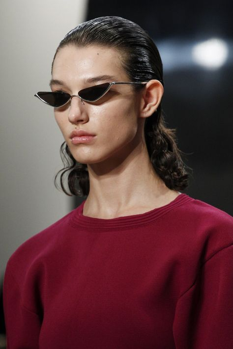 Prabal Gurung Spring 2018 Ready-to-Wear collection, runway looks, beauty, models, and reviews.