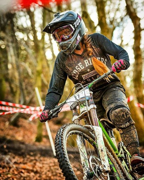 """@mtb_stormtrooper showing that """"you ride like a girl!"""" is something to be proud of!"""