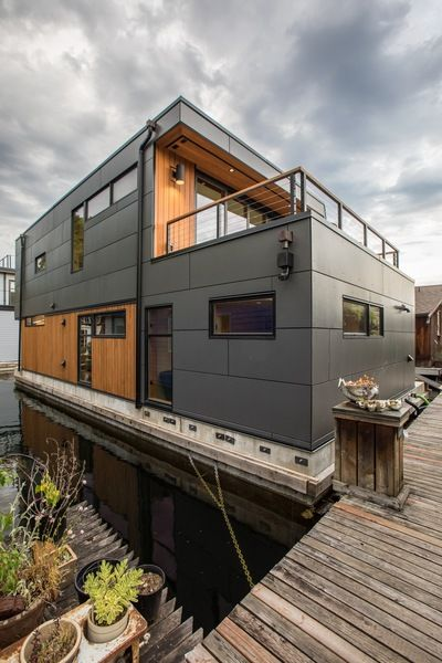 Houseboat Design Seattle Wa Natural Modern Architecture Firm Houseboat Living Floating House House Boat