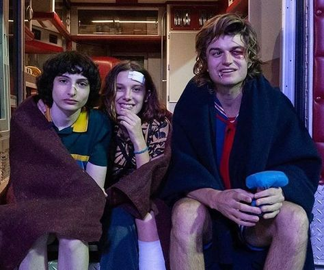 Stranger Things Behind the Scenes Season 3 with Finn Wolfhard, Millie Bobby Brown and Joe Keery