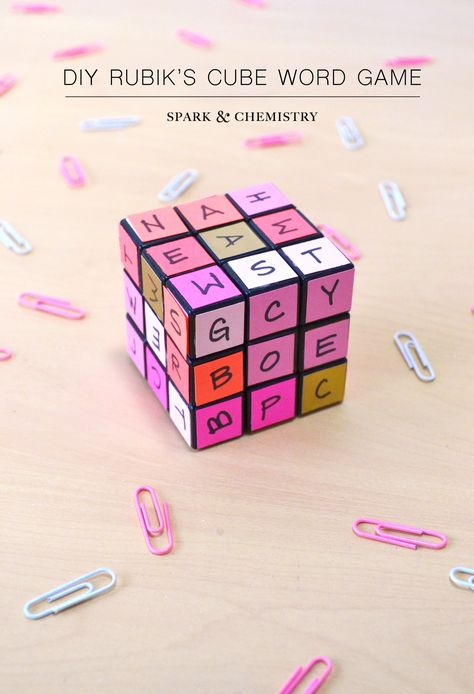 Create a basic word learning game for your kids with a Rubik's cube - tutorial on the blog! via Spark & Chemistry #DIYgame #kids