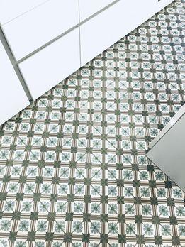 Solebich De Via Zementfliesen Muster Grun Blau Weiss Living Historisch Kuchenboden Inspiration Fliesen Zementfliesen Kuchenboden Fliesen