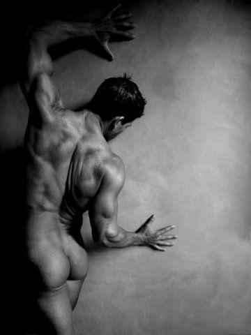 мужские фото в стиле ню
