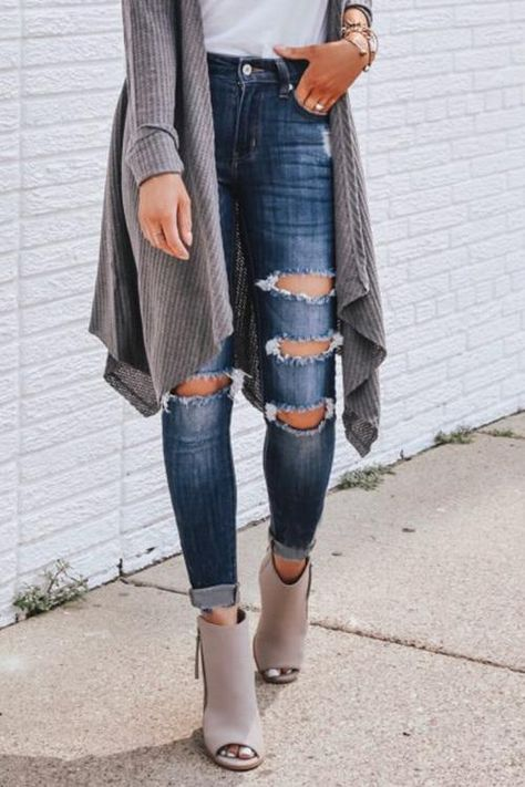 Vintage Ripped Skinny Jeans - XL / Blue